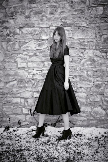 Lizzie Weber Releases Debut Album