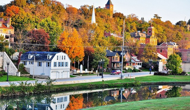 Best Midwest Fall Road Trips