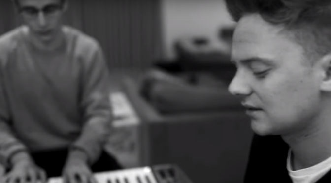 "Conor Maynard Covers The Chainsmokers ""Closer"""