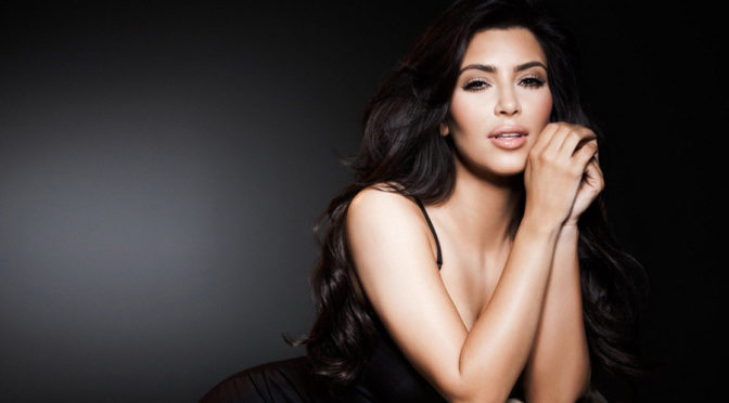 Kim Kardashian Robbed At Gunpoint In Paris Hotel Room